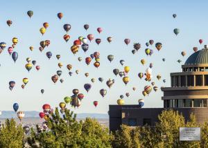 0001 BalloonRiot